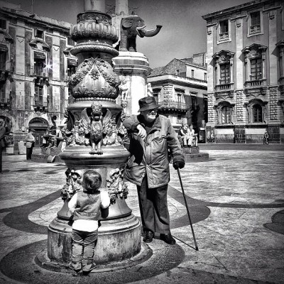 Different generations… Same elephant… Catania, April 2013… #iphoneography #sguardisullacittà