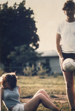 Bill (Clinton) & Hillary playing volleyball in Fayetteville, Arkansas, USA. 1975