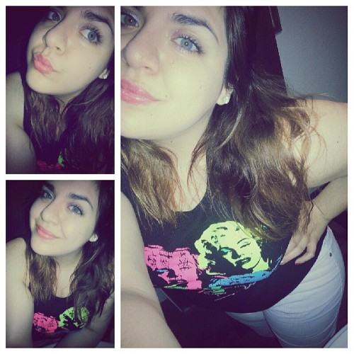 """Wild for the night"" :P #white #marilynmonroe #greeneyes"