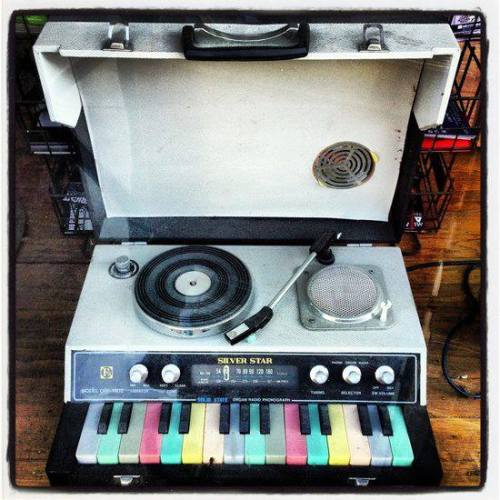 modrules:  Silver Star ORP-1803 portable combo radio, turntable, and organ.I need this!!