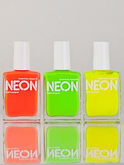 nailspolish vanity neon girls