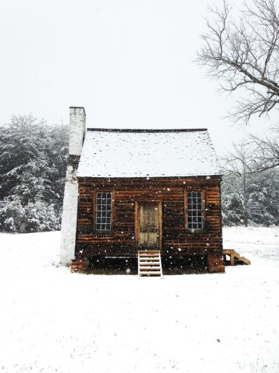 cabinporn:  Historic cabin in Appomattox, Virginia. Contributed by Jody Johnston.