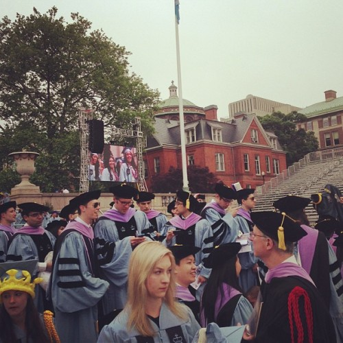 Hella dentists. #columbia #commencement  (at Low Steps - Columbia University)