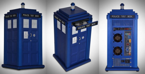 Something for the Doctor Who supernerd in your life: The official Doctor Who TARDIS aluminum computer case Product link