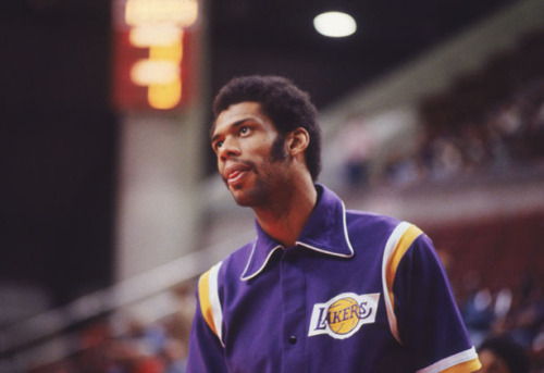 putthison:  Kareem Abdul-Jabbar: 20 Things I Wish I'd Known When I Was 30 This is a really lovely piece from a genuine class act. A guy who really is worth paying attention to. I just turned 32, and I'm still trying to figure out how to live a balanced, grown-up life. Kareem gets it.  Wow