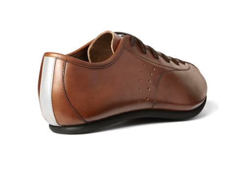 Quoc Pham leather fixed wheel and tourer bike shoes  Very nice  http://www.quocpham.com