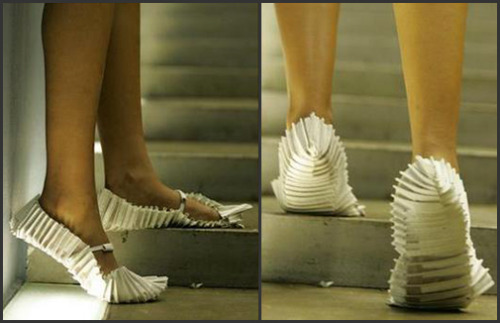 "simko:  Shoes by Deepa Panchamia…  I found myself very impressed by the work of textile artist Deepa Panchamia and her ability to use fabric to  create intricate textures and details."" Her philosophy is to challenge conventional perspectives of Textiles. Creating abstract sculptures, site-specific installations and avant-garde wearable art essentially moving textiles away from its traditional two-dimensional form."" (via)"