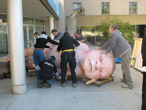 peterstichbury:  Behind the scenes photos of Ron Mueck's 2007 Brooklyn Museum show.   creepy.