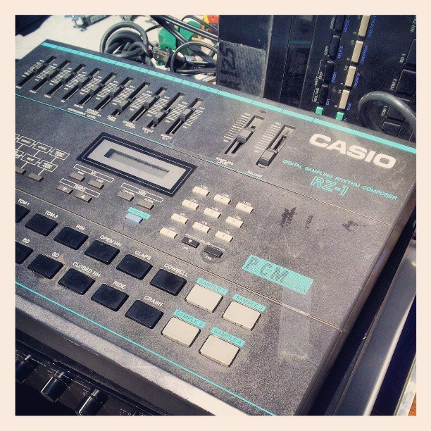 organicdoodle:  It'd be so dope to have an old drum machine #hiphop #sampling #80s #synthesizer #swag #music #casio
