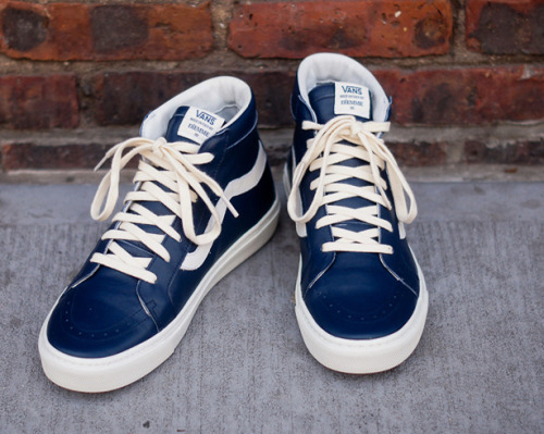 Shoe Porn: Vans X Diemme Sneakers By Max Berlinger, esquire.com Walk in these with slim khakis and a tee over the week­end.Mon­te­bel­lu­na sneak­ers ($300) by Vans x Diemme, shop.kithnyc.com