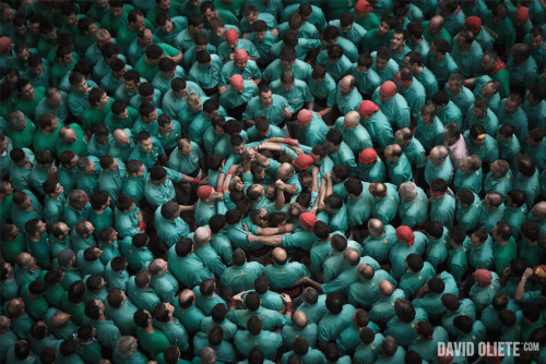 CONCURS DE CASTELLS - PHOTOGRAPHER DAVID OLIETE (Concurs de Castells | Tarraco Arena Plaça, Tarragona) David Oliete (flickr) - Born in Tarragona, lived in Cardiff and Barcelona. Currently based in his hometown but available for assignments anywhere. Loves travelling, journalism, the mountains, his grandfather's fishing rods and chocolate donuts. evd social networks: tumblr - facebook - twitter - pintrest - instagram:@evdath - Website
