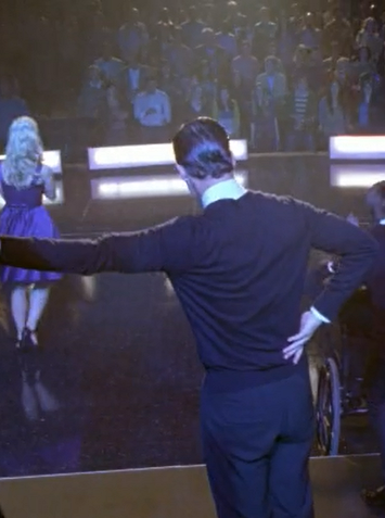 klainehairkink:  averyfunperson:  Blaine's a little teapot.  #short and stout