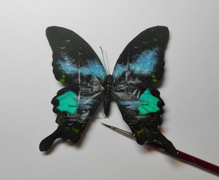 gaksdesigns:  Detailed Paintings on wings of butterflies by Turkey-based artist Hasan Kale. (via)