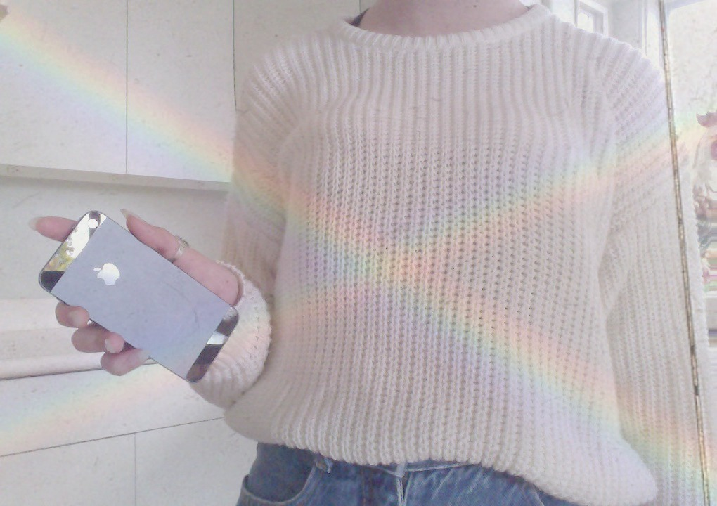 dont-feed-me-violence:  so—divine:   ♡ pretty + pale blog following back similars ♡  pale & pretty; following back similar