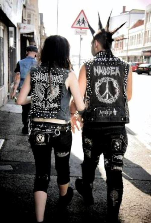 prettypsychodoll:  Crust Punks on We Heart It - http://weheartit.com/entry/54430661/via/gorebarbieswag Hearted from: http://www.facebook.com/pages/Crust-Punks/163469320424773#!/photo.php?fbid=305745519530485&set=pb.163469320424773.-2207520000.1362569102&type=3&theater