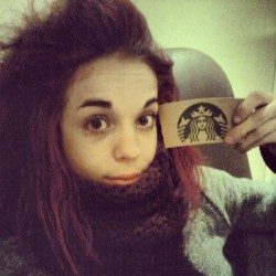 #starbucks #coffee #earlybird #morning #fairtrade #coffeeshop #funny #me #instalike #instadaily #instagramers #studying  (på/i Starbucks)