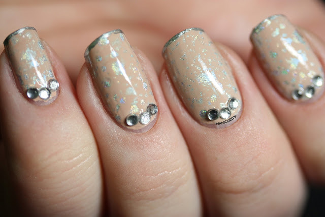 Digit-al Dozen: Water Spotted Holo! | Click through for more info + photos - http://bit.ly/16zscz1