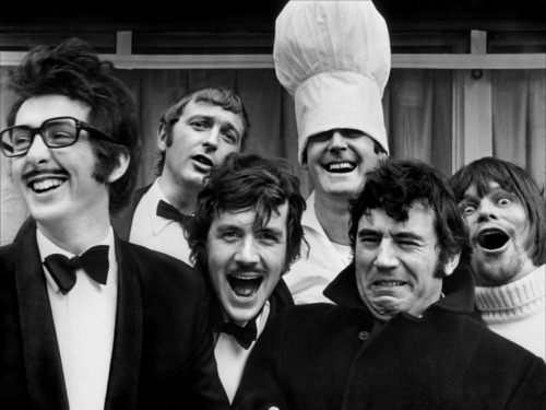 watsonly:  a-man-of-wealth-and-taste:  The remaining members of Monty Python are teaming up to make a new film, a sci-fi comedy entitled Absolutely Anything. It includes Robin Williams playing a talking dog. And in the lead role is going to be none other than BENEDICT MOTHERFUCKING CUMBERBATCH.  IN A NEW MONTY PYTHON FILM. it's like they've started making movies out of my wildest and most beautiful dreams.