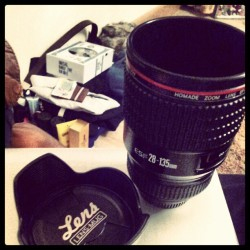 so i got a lens mug this year from my parents… but m gona have to get some gold nail varnish out :/ lol great present tho #lovephotography #Iamnikon #iamNOTcanon lol #Christmas