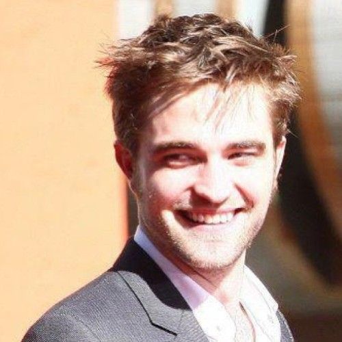 Happy BDAY Rob!! 27 years!! #HappyBirthdayRobert #robertpattinson #Robert #pattinson #Kristen #Stewart #Kristenstewart #perfect #ROBSTEN #happy #birthday #happybirthday #sweet #twilight #cosmopolitan #La #English #twilightsaga