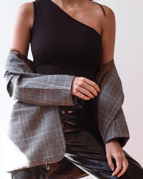 weekend edit ☕️ // jenna bodysuit back in stock #styleaddict