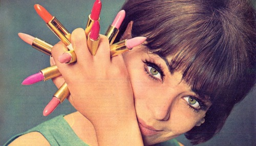 60sfashionandbeauty:  Lipsticks, 1963. (♥)