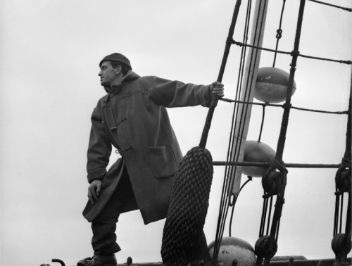 formfollowsfunctionjournal:  Sailor In A Duffle Coat, 1942.