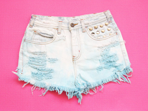 (via Pastel tie dye medium waist denim shorts S by deathdiscolovesyou)