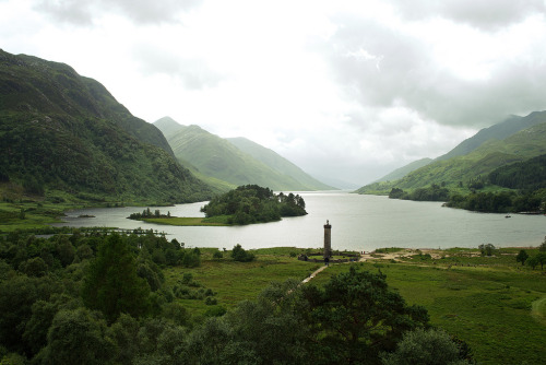 mountainish:  Scotland, Glenfinnan (by Gensu)