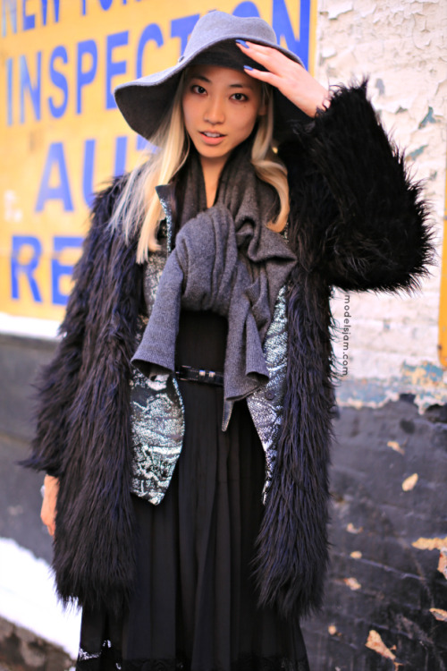 koreanmodel:   Streetstyle: Soo Joo in New York   blonde asians tho