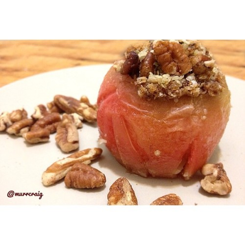 'Protein Packed Baked Apples'  Hey foodies! I'm Mariah, and you can find me at @murrcraig.   I'm stoked to be able to share one of my recipes will all of @veganfoodshare's followers today! I'm a young plant-based food blogger and seller over at www.MurrsMenu.com, and writer for www.EatFeelFresh.com. I began following a plant-based diet over two years ago now when I became diagnosed with Chronic Lyme Disease, and haven't looked back since!  This dish is awesome, because it's packed with all of the right ingredients to hook you up with a protein packed breakfast, snack, or even dessert. I've used hemp, pecans, quinoa, and quinoa flakes in this recipe, giving you tons of protein and other nutrients, including lots of fibre, healthy fats, antioxidants, and other beneficial vitamins and minerals.  You can find the recipe for this dish on my website www.MurrsMenu.com OR my Facebook page at www.Facebook.com/MurrsMenu.  Keep on spreading that vegan love <3 And a special thanks to @veganfoodshare! Enjoy this dish, everyone.