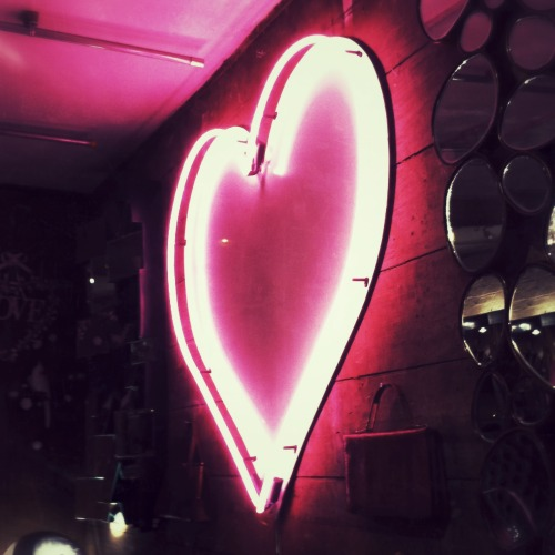 yvessalmon:  Happy Valentines day people.  Spread the love around. X