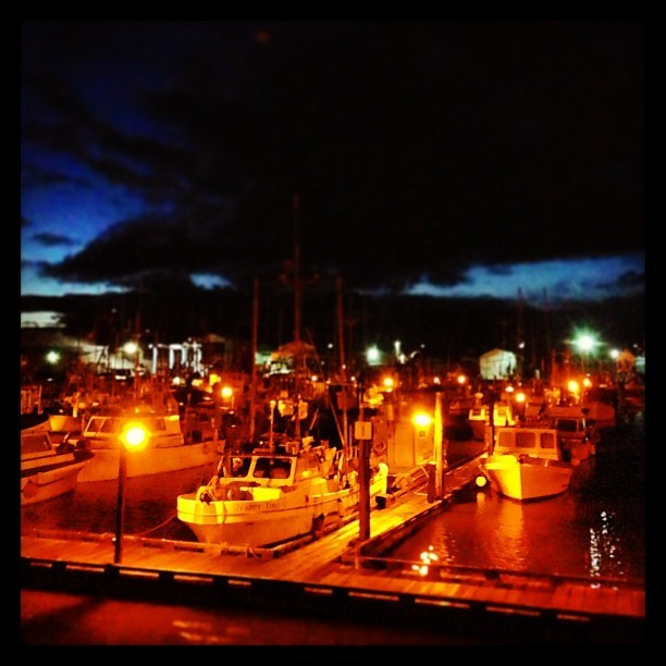 Weather clearing over Steveston harbour.  #magichour #steveston #fishing #fishingvillage #fishingboat #weather