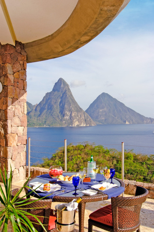 The 35 Best Island Resorts for Food | Jade Mountain, St. Lucia
