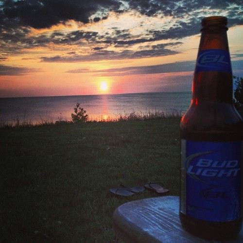 Nothing like a cold #bud and a beautiful #sunset