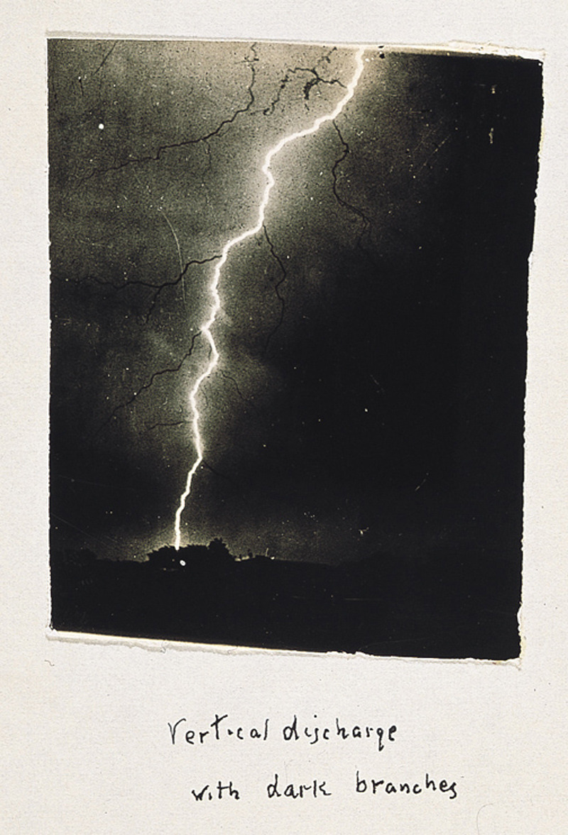 likeafieldmouse:  The first ever photographs of lightning shot by amateur photographer William N. Jennings between 1885 and 1890