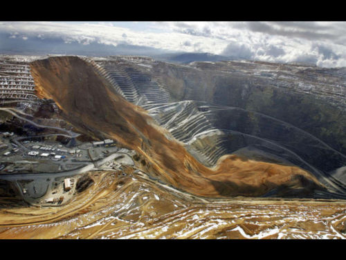 Landslide at the Bingham Canyon Mine in Utah