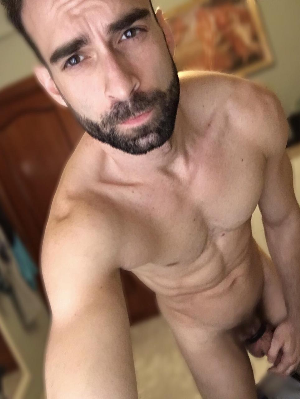 2018-06-04 05:20:23 - albertcrush twitter beardburnme http://www.neofic.com
