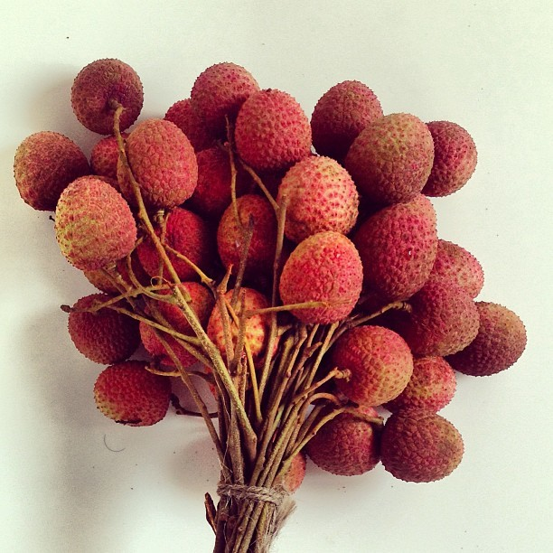 maniknratan:  Lychee. one of my most favorite fruits . Mom sent those from #bangladesh. #lychee #fruit #juicy #litchi #dhaka #tasty #sweet #red #photo #instafruit #instafood  #luct #limkokwing #cyberjaya #putrajaya #malaysia  (at LUCT Hostel On Campus New)