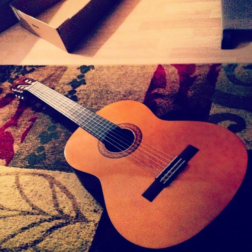 Surprise gift from my parents(: Another guitar for my collection!  #guitar #germany #music #surprise #parents #classic #acoustic #yamaha #thanks  (at Ehenfeld, Germany)