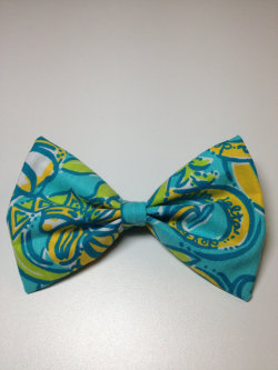 itsabowthing12:  Tri Delta (Delta Delta Delta) Lilly Pulitzer Bow!! Through my Etsy Shop!! https://www.etsy.com/listing/130378045/tri-delta-delta-delta-delta-lilly?ref=shop_home_active