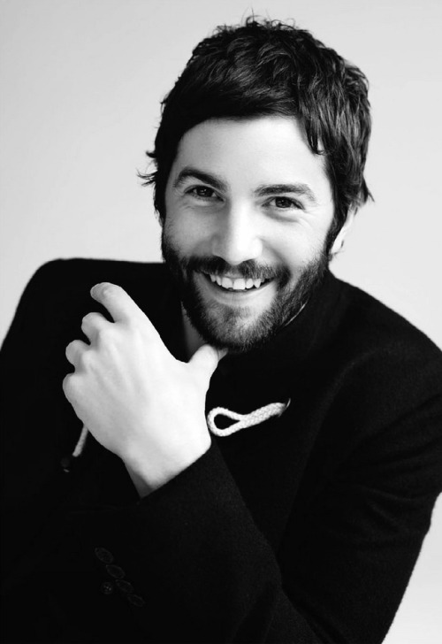 trenfantasma:   Jim Sturgess for Nylon Guys October/November, 2012  le tipo perfecto