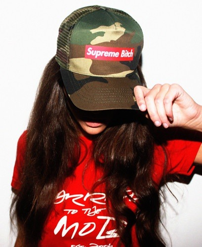 """ She's always open and ready in a Snap ! "" @LeahMob #SupremeBitch"