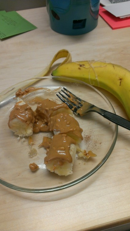 I finally figured out how to keep the peanut butter on my banana! Yum.