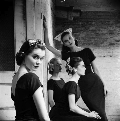 Ribbon hats, 1950s Photo by Yale Joel