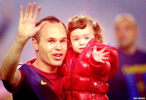 barcachico2012:   Andrés and his daughter Valeria <3  HD