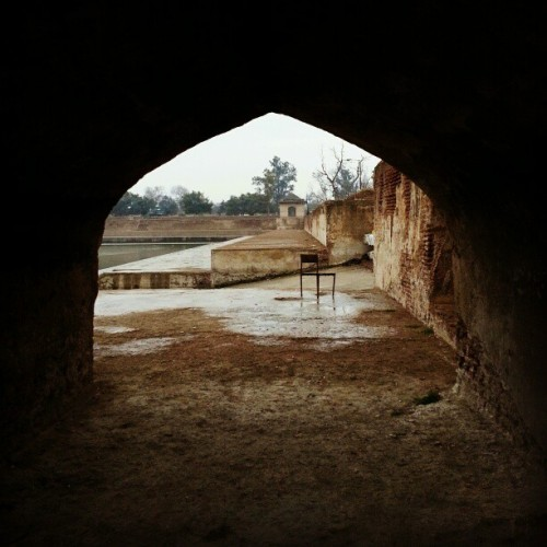 The hypothetical seat of power. #log #photos #travels #Pakistan #history  (at Hiran Minar)