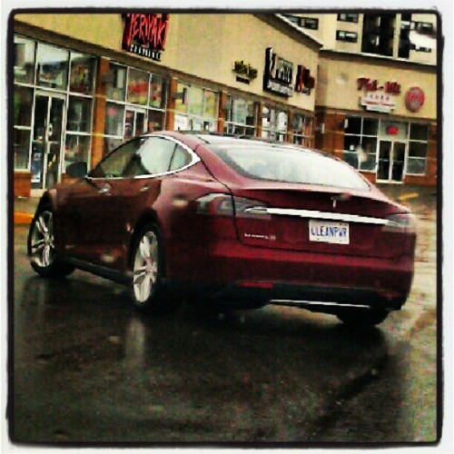 Spotted: The first #Tesla Model S in #Mississauga, #Ontario