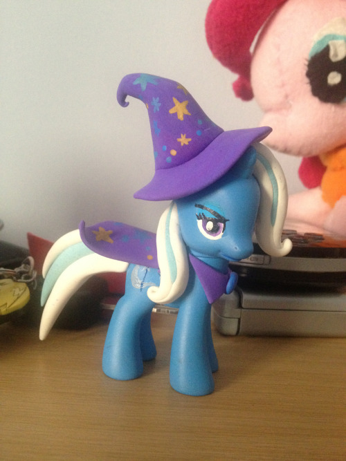 Got this custom Trixie today.