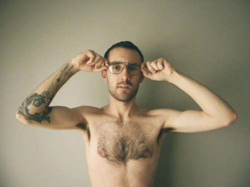 shoothim:  I heart my chest hair